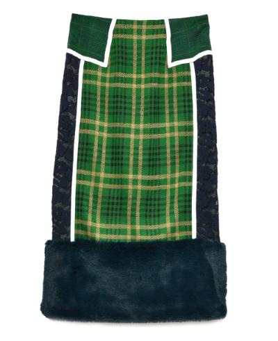 芸能人がおしゃれイズムで着用した衣装カットソー、スカート