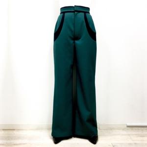 芸能人がHurriCurri ECサイトで着用した衣装パンツ