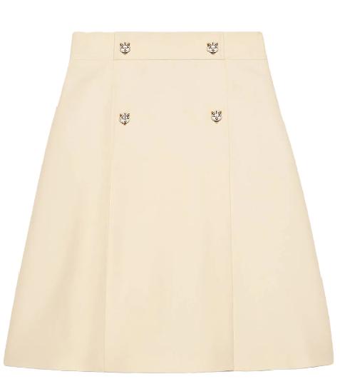 芸能人がこれで見納め!安室奈美恵引退スペシャル!!で着用した衣装カットソー、スカート