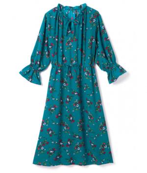 芸能人宮下由紀・編集部勤務がサバイバル・ウェディングで着用した衣装ワンピース