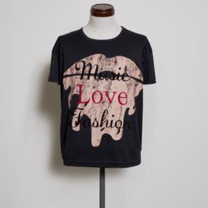 芸能人が安室奈美恵ラストライブで着用した衣装Tシャツ