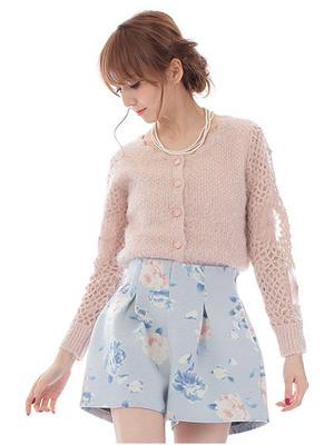 芸能人大島優子が銭の戦争で着用した衣装パンツ