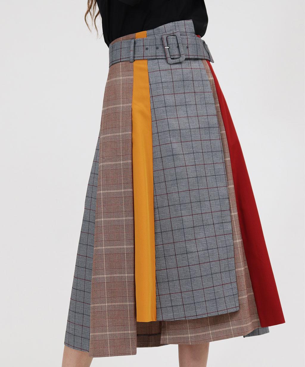 芸能人が世界一受けたい授業で着用した衣装スカート
