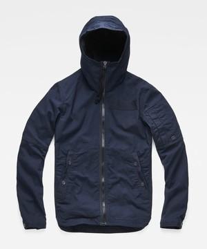 芸能人がSUITS/スーツで着用した衣装ジャケット