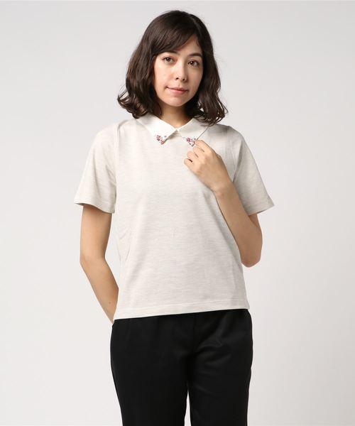 芸能人平ワコ・31歳、映画館でバイト中が恋のツキで着用した衣装カットソー