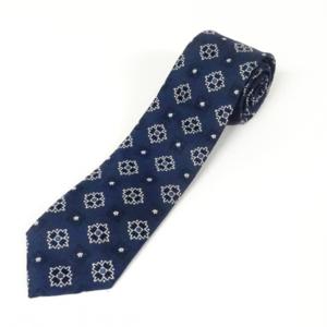 芸能人がプライムニュースαで着用した衣装ネクタイ