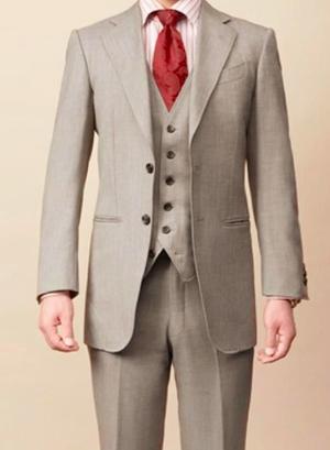 芸能人がパルコ舞台「正しい教室」で着用した衣装スーツ