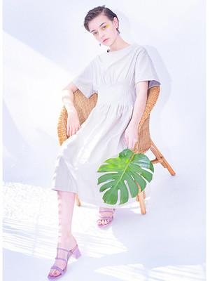 芸能人が文学処女 で着用した衣装ワンピース