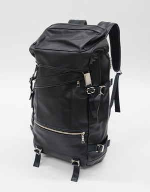 芸能人がSUITS/スーツで着用した衣装バッグ