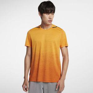 芸能人がSUITS/スーツで着用した衣装Tシャツ