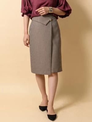 芸能人がNスタで着用した衣装スカート