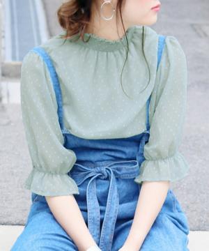 芸能人が春風亭昇太のピローな噺で着用した衣装シャツ/ブラウス