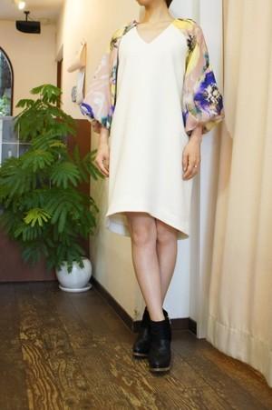 芸能人が痛快TVスカッとジャパンで着用した衣装ワンピース