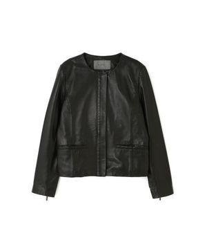 芸能人がリーガルV ~元弁護士・小鳥遊翔子~で着用した衣装ジャケット
