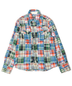 芸能人がハラスメントゲームで着用した衣装シャツ