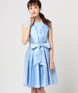 芸能人がTHE MANZAI 2018で着用した衣装ドレス