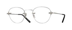 芸能人が中学聖日記で着用した衣装メガネ