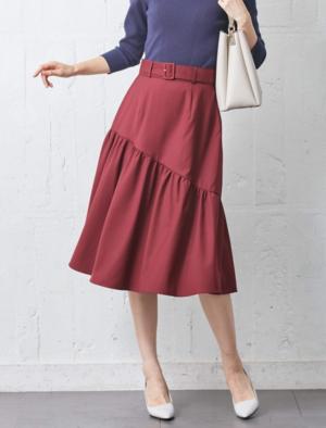 芸能人がニュースブリッジ北九州で着用した衣装スカート
