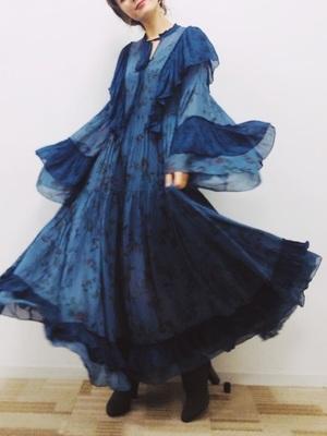 芸能人が訳あって…東京に住むのヤメましたで着用した衣装ワンピース