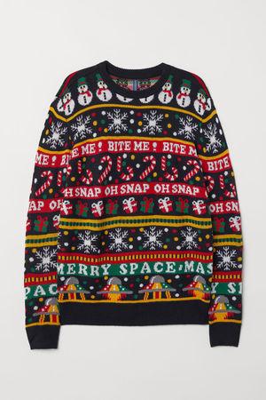 芸能人が特になしで着用した衣装ニットセーター