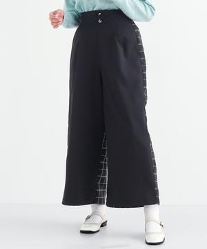 芸能人がハケン占い師アタルで着用した衣装パンツ