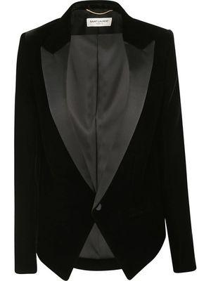 芸能人がスキャンダル専門弁護士 QUEENで着用した衣装ジャケット