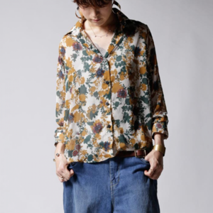 芸能人がCATVニュースで着用した衣装シャツ / ブラウス