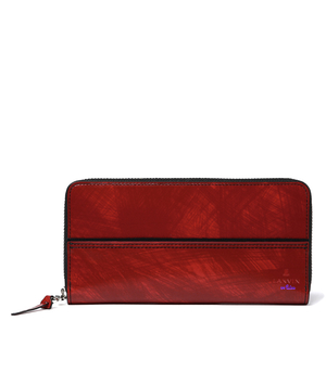 芸能人がハケン占い師アタルで着用した衣装財布