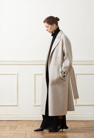 芸能人が後妻業で着用した衣装コート