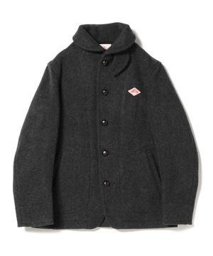 芸能人がデザイナー渋井直人の休日で着用した衣装コート