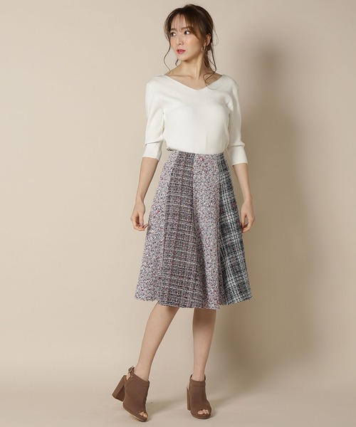 And Coutureの ツィードミックス8枚ハギフレアスカート