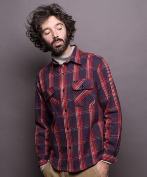 芸能人がメゾン・ド・ポリスで着用した衣装シャツ