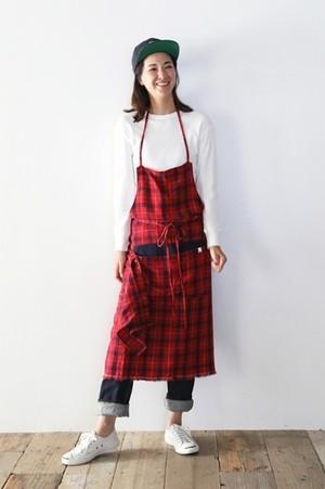 芸能人がメゾン・ド・ポリスで着用した衣装エプロン
