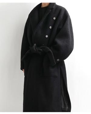 芸能人が私のおじさんで着用した衣装コート