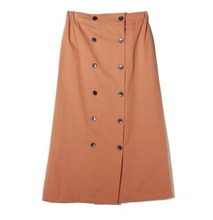芸能人がイノセンス 冤罪弁護士で着用した衣装スカート