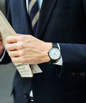 芸能人がヤングシナリオ大賞「ココア」で着用した衣装時計