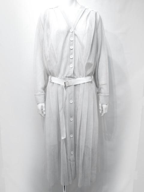 芸能人がメレンゲの気持ちで着用した衣装ワンピース、スカート、ブラウス