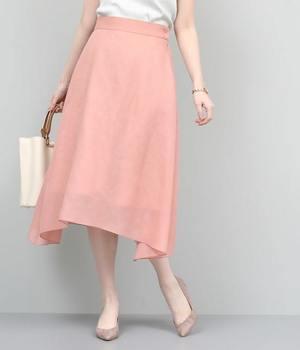 芸能人が初めて恋をした日に読む話で着用した衣装スカート
