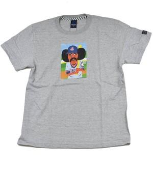芸能人が初めて恋をした日に読む話で着用した衣装Tシャツ