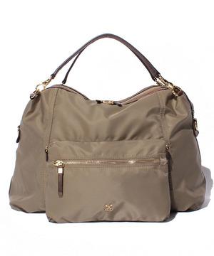 芸能人がinsで着用した衣装バッグ