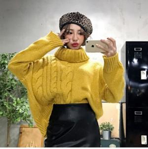 芸能人が栄子と直美のワーキングブルースで着用した衣装ニット/セーター
