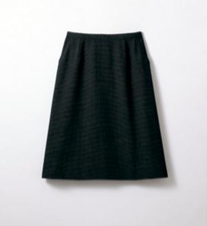 芸能人がさすらい温泉 遠藤憲一で着用した衣装スカート