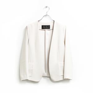 芸能人がさすらい温泉 遠藤憲一で着用した衣装ノーカラージャケット