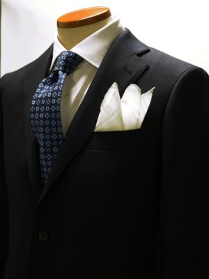 芸能人がさすらい温泉 遠藤憲一で着用した衣装ネクタイ