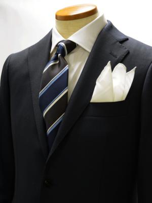 芸能人が広告会社、男子寮のおかずくんで着用した衣装ネクタイ