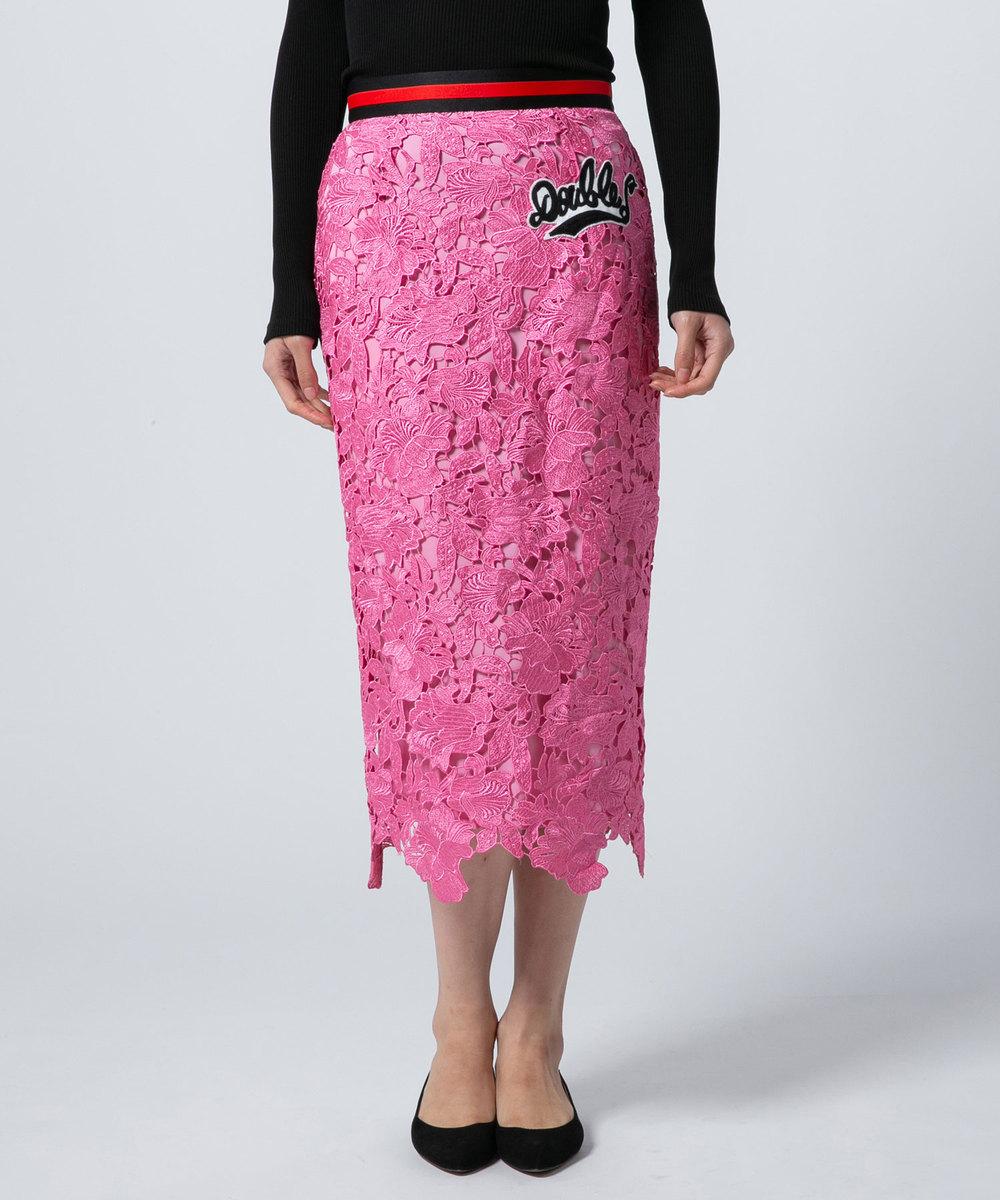 芸能人が林先生が驚く初耳学で着用した衣装スカート、ジュエリー