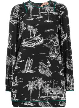 芸能人が嵐にしやがれで着用した衣装ブラウス、スカート