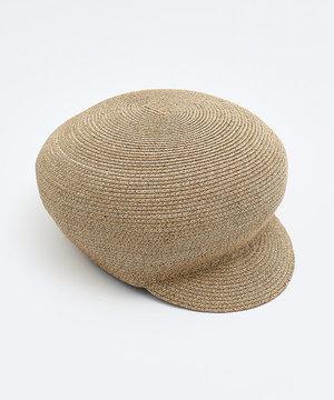 芸能人がinsで着用した衣装帽子