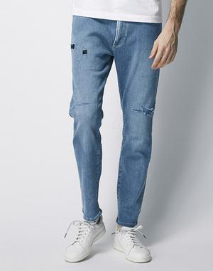 芸能人がダウンタウンDXで着用した衣装デニムパンツ