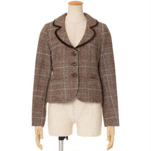 芸能人がTwitterで着用した衣装ジャケット/スカート/セットアップ・スーツ